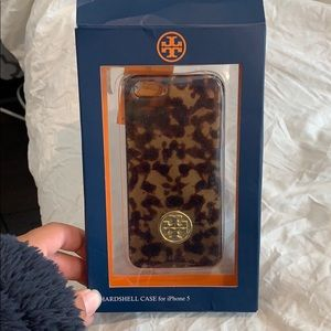 Very cute Tory Burch Iphone 5 case